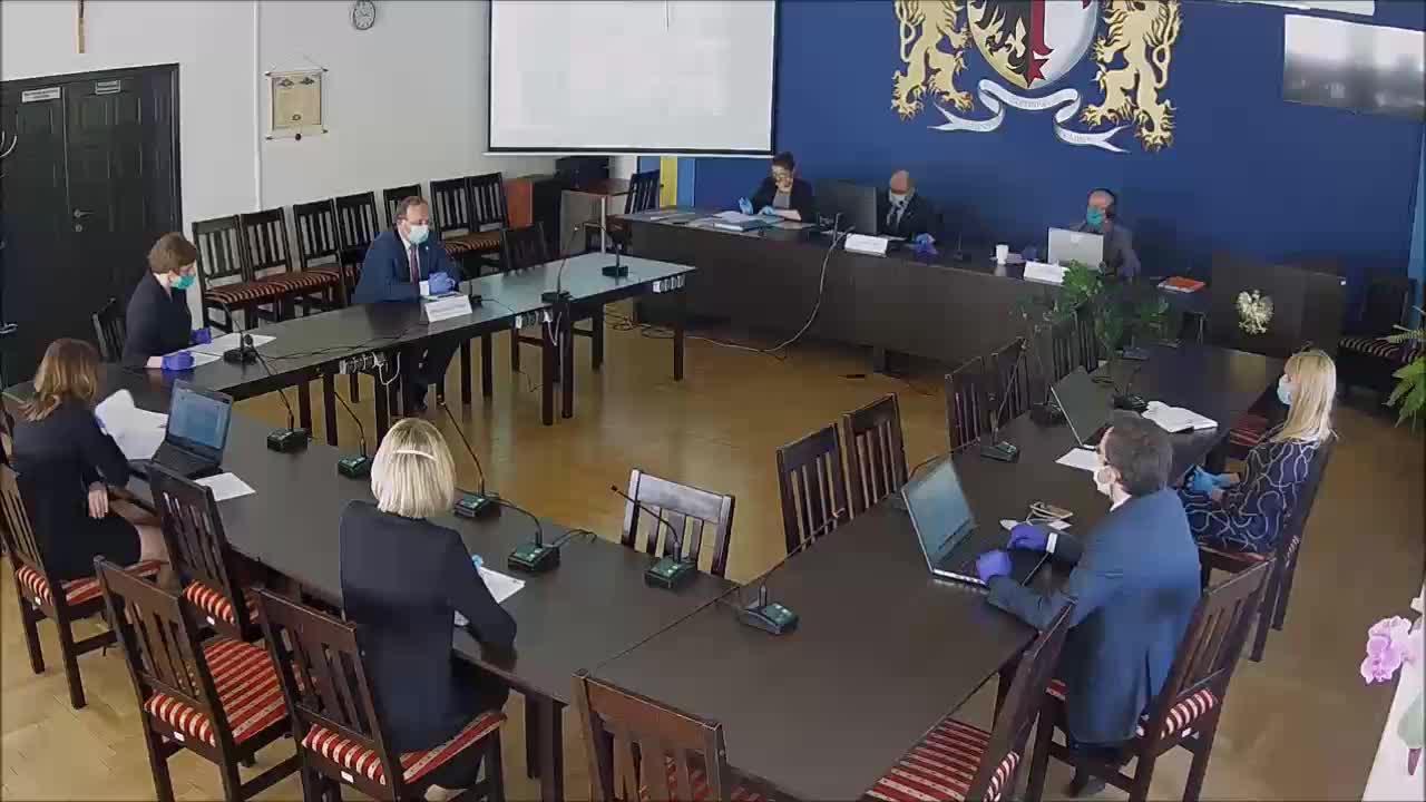 XV Sesja Rady Gminy Czernica z dnia 17.04.2020 r.  część 1/2